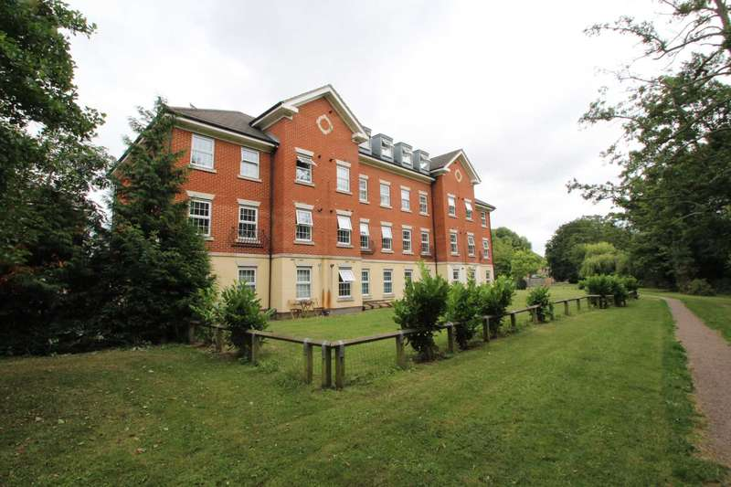 2 Bedrooms Apartment Flat for sale in Riverside, Bittern Close