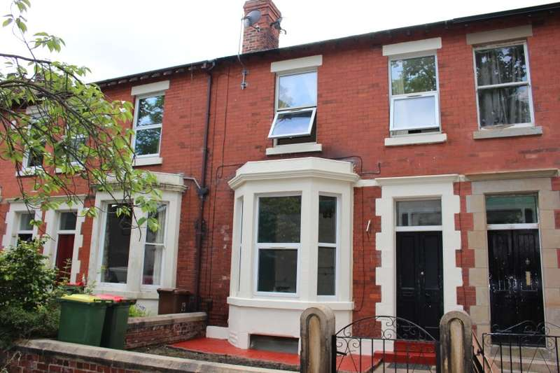 4 Bedrooms Terraced House for sale in 19 Powis Road, Ashton-On-Ribble, Preston, Lancashire