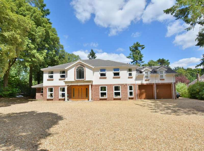 5 Bedrooms Detached House for sale in Woodland Walk, Ferndown, Dorset, BH22 9LP