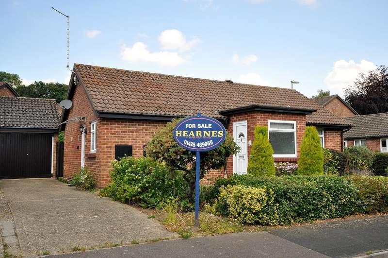 2 Bedrooms Detached Bungalow for sale in Fordingbridge, SP6 1RD