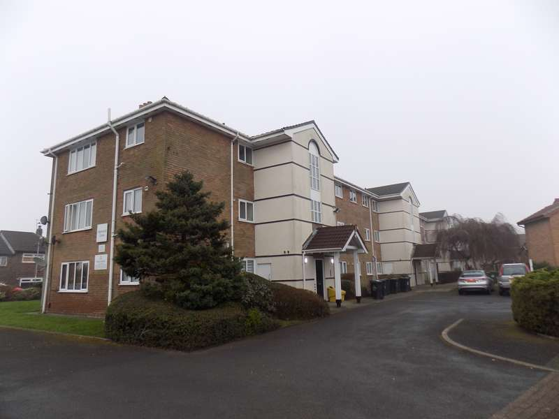 1 Bedroom Flat for sale in Highwood Close, Bolton, Lancashire, BL2