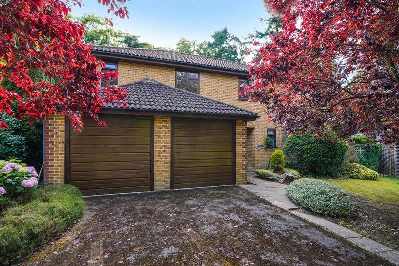 5 Bedrooms Detached House for sale in Milner Drive, Cobham, Surrey, KT11