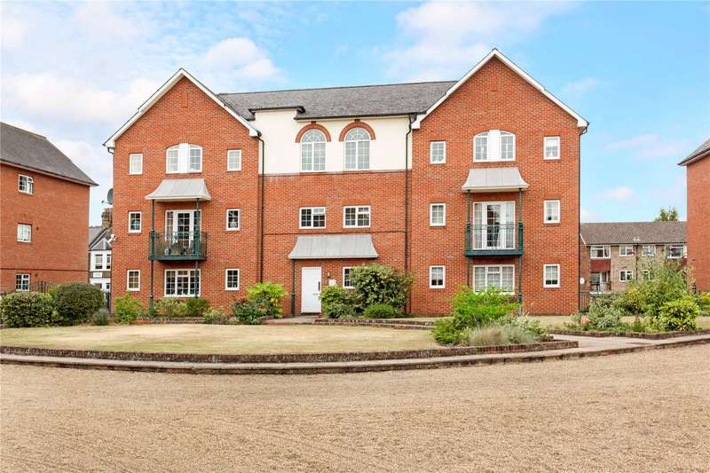 2 Bedrooms Flat for sale in Knights Place, St Leonards Road, Windsor, Berkshire, SL4