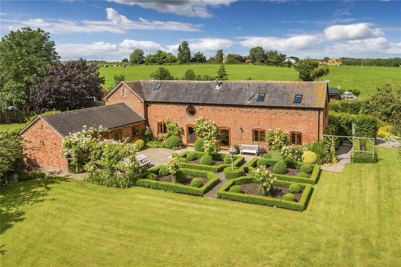 4 Bedrooms Barn Conversion Character Property for sale in The Granary, Banqueting Farm, Flashbrook, Newport, TF10
