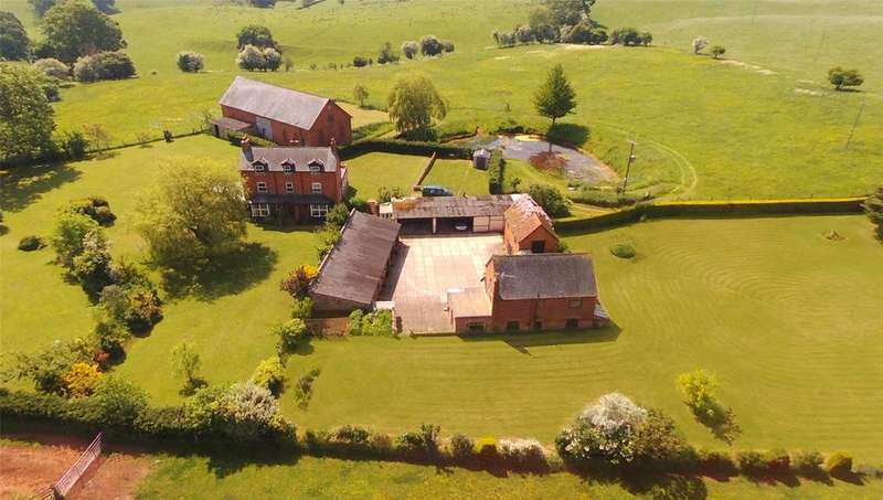 9 Bedrooms Detached House for sale in Castle Tump, Gloucestershire, GL18