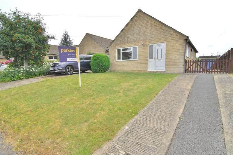 2 Bedrooms Bungalow for sale in Ferris Court View, Bussage, Stroud, Gloucestershire, GL6