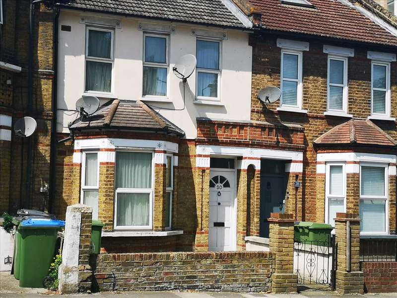 3 Bedrooms House for rent in Griffin Road, Plumstead, London
