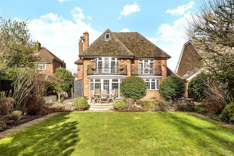5 Bedrooms Detached House for sale in Wood Lane Close, Iver Heath, Buckinghamshire, SL0