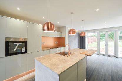 3 Bedrooms Semi Detached House for sale in Gorse Road, Swinton, Mancester, Greater Manchester