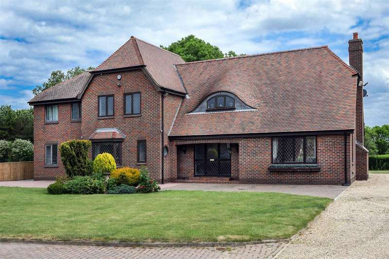 4 Bedrooms Detached House for sale in Withernwick Road, Great Hatfield