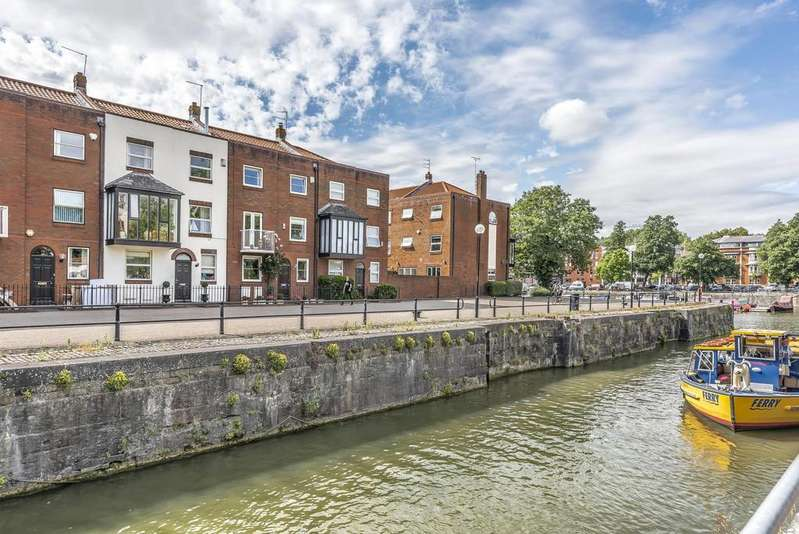 4 Bedrooms Terraced House for sale in Trin Mills, Merchants Landing, Bristol, BS1 4RG