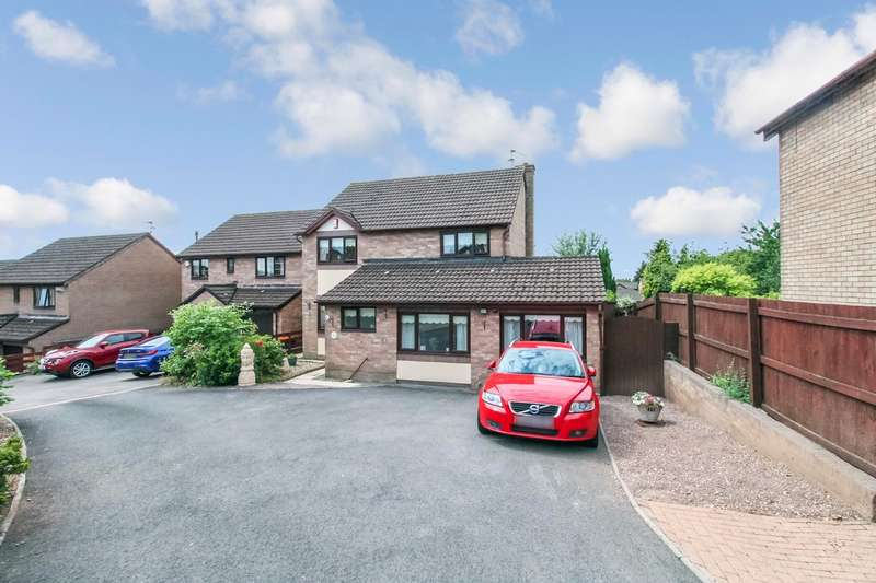 4 Bedrooms Detached House for sale in Kier Hardie Crescent, Newport, NP19