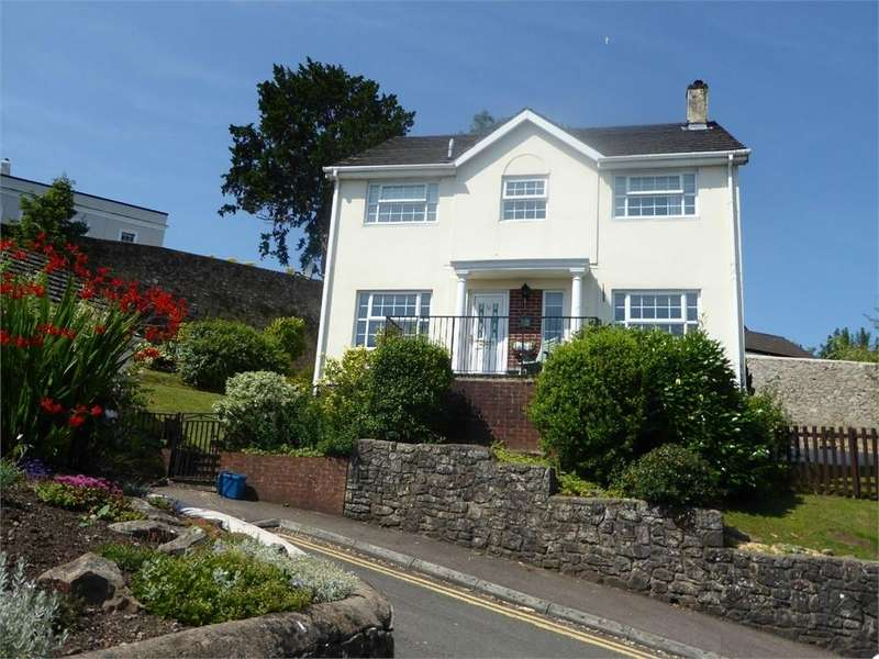 4 Bedrooms Detached House for sale in High View, Chepstow