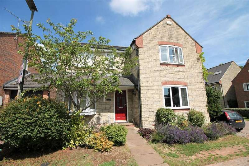 4 Bedrooms Detached House for sale in Bluebell Close, Milkwall