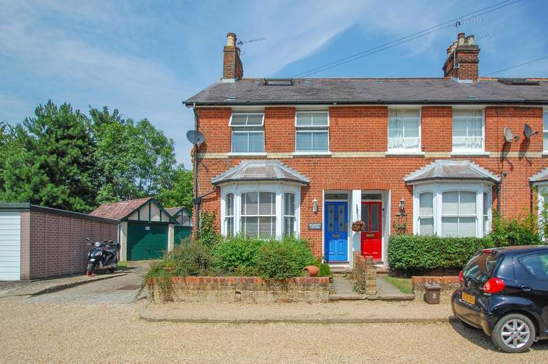 4 Bedrooms End Of Terrace House for sale in South View Road, Gerrards Cross, SL9
