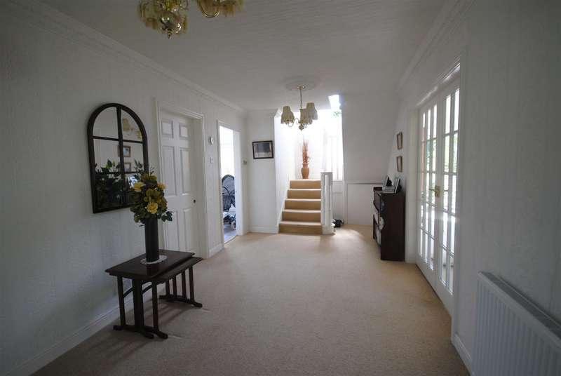 4 Bedrooms Detached House for sale in Hall Lane, Appley Bridge, Wigan