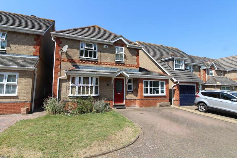 4 Bedrooms Detached House for sale in The Canons, Newport Pagnell, Buckinghamshire