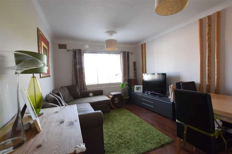 2 Bedrooms Apartment Flat for sale in Western Mansions, Great North Road, Barnet