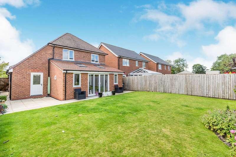 3 Bedrooms Detached House for sale in Knight Avenue, Buckshaw Village, Chorley, Lancashire, PR7