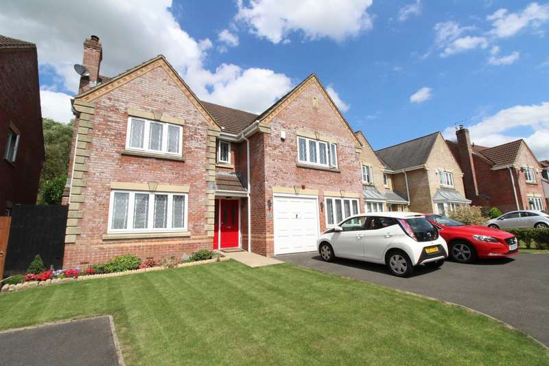 5 Bedrooms Detached House for sale in Priory Gardens, Langstone, Newport, NP18