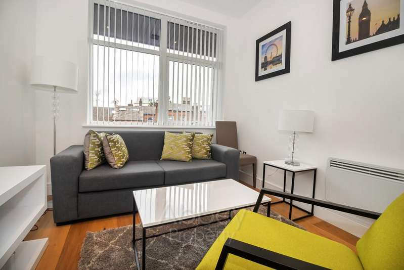 Studio Flat for sale in Flowers Way - Town Centre - LU1 2SB