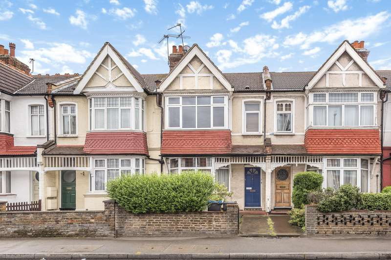 1 Bedroom Ground Flat for sale in Kingston Road, Wimbledon SW20