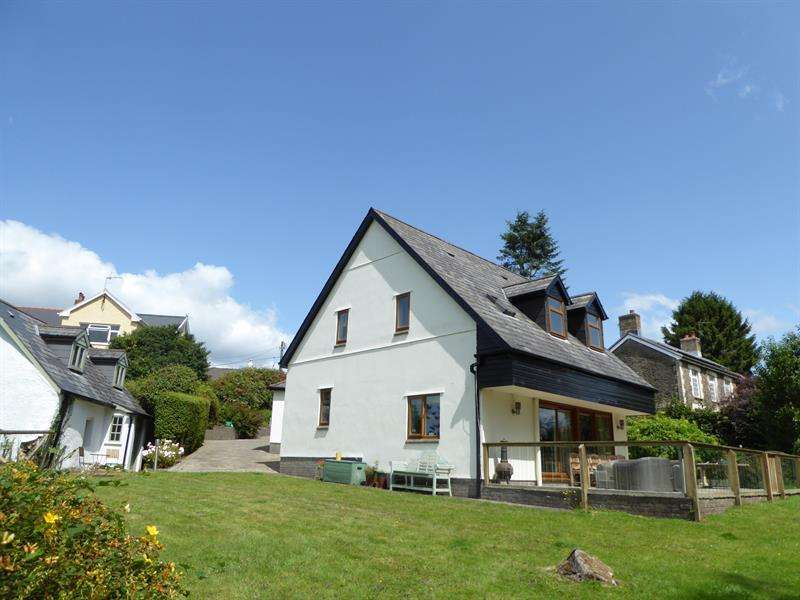 4 Bedrooms Detached House for sale in Rudry, Caerphilly