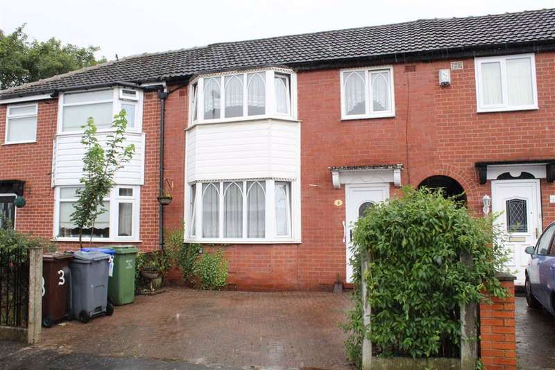 3 Bedrooms Semi Detached House for sale in Goring Avenue, Manchester