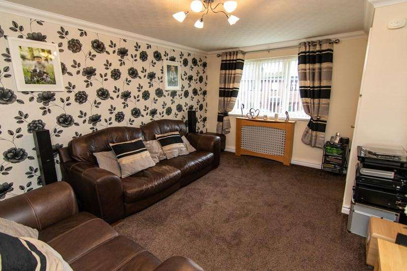 3 Bedrooms Detached House for sale in Nash Way, Coleford