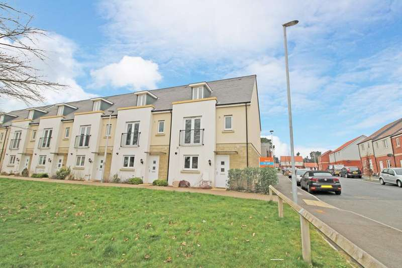 4 Bedrooms Semi Detached House for rent in Greenacres, Exeter