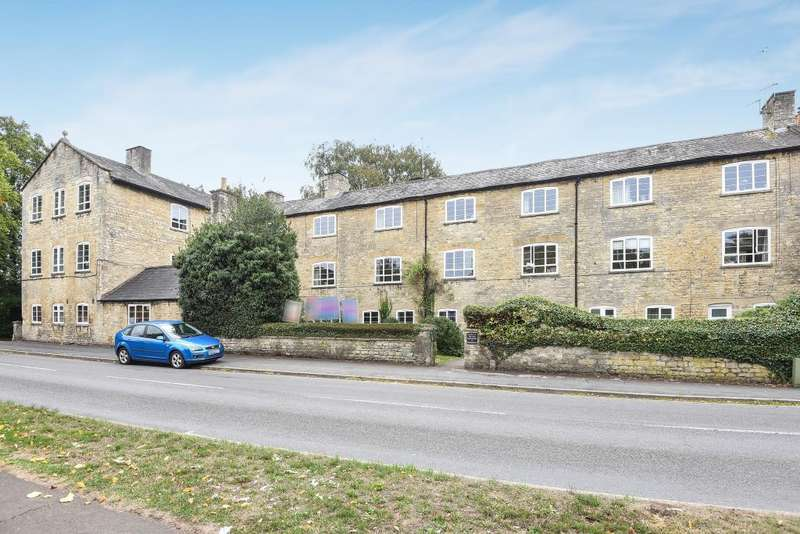 2 Bedrooms Apartment Flat for rent in The Old Warehouse, Witney, OX28