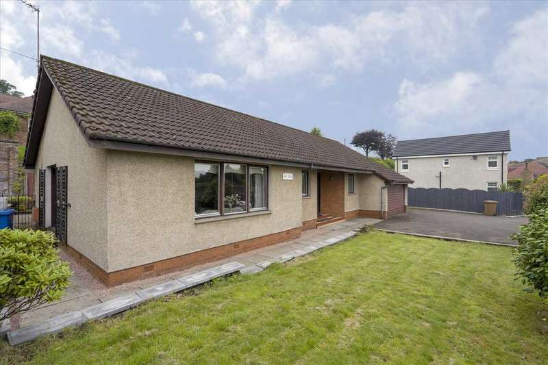 4 Bedrooms Bungalow for sale in The Dale, Polmont Road, Polmont, Falkirk