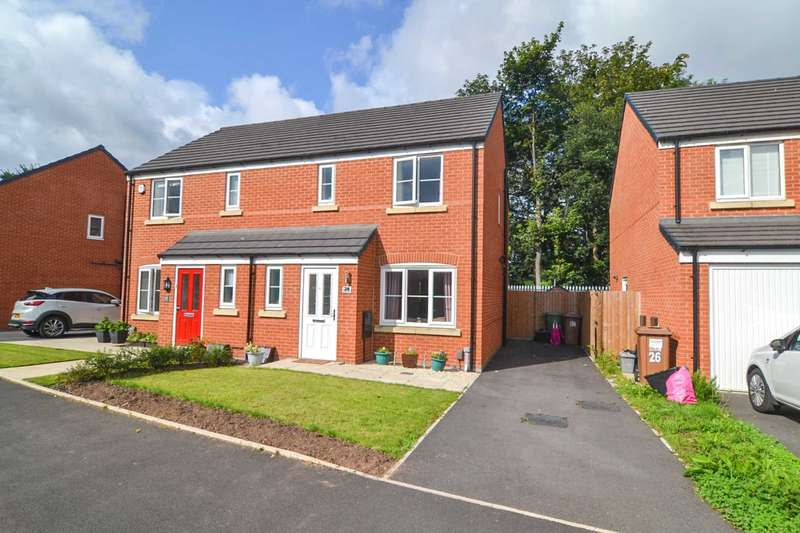3 Bedrooms Semi Detached House for sale in Helmsley Close, Newton-Le-Willows