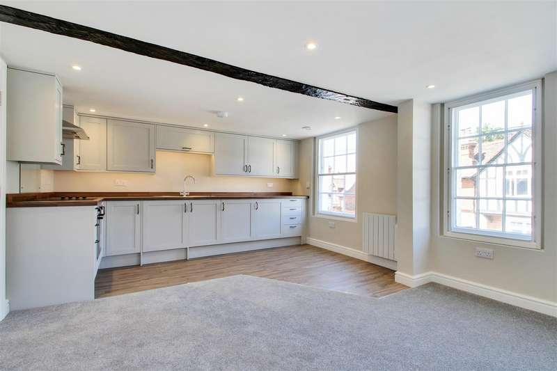 1 Bedroom Flat for sale in High Street, Seal, Sevenoaks