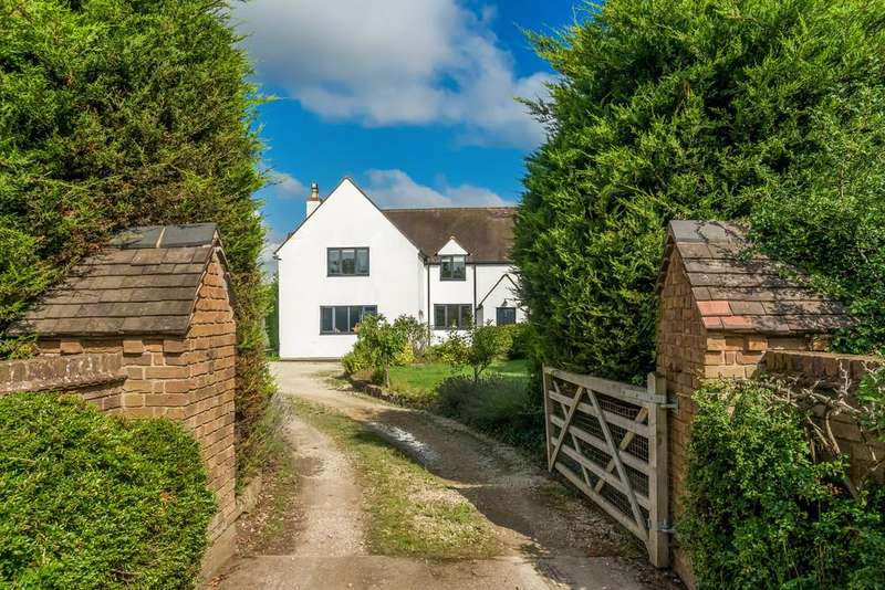 4 Bedrooms Semi Detached House for sale in Meon Cottages, Stratford Road