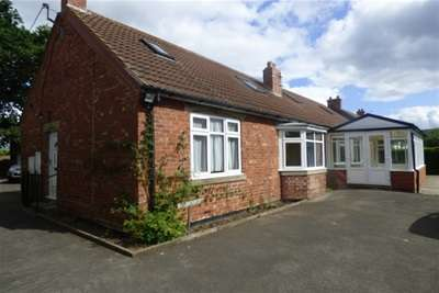 5 Bedrooms Detached Bungalow for rent in Elton Lane, Eaglescliffe, TS16