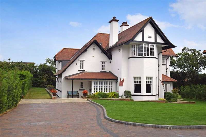 4 Bedrooms Property for sale in East Park Road, Scalby Village, North Yorkshire, YO13