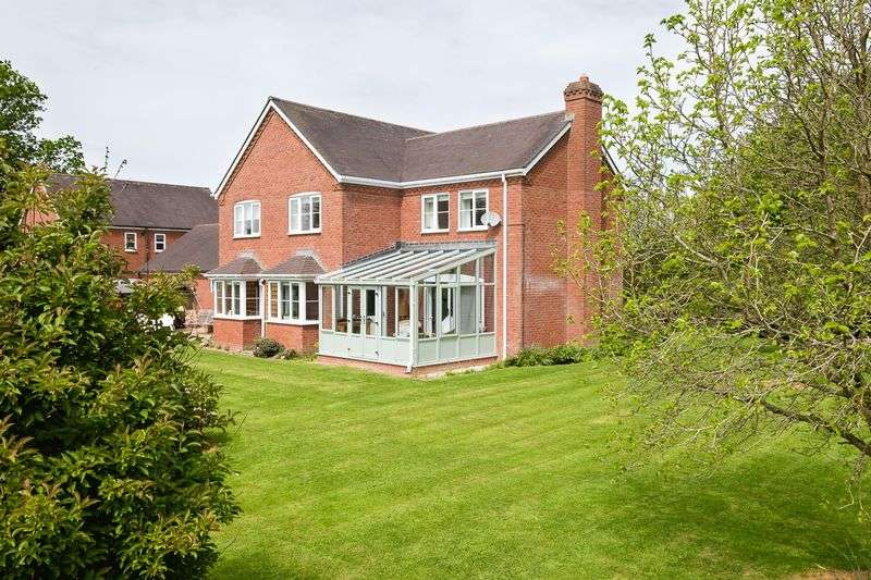 4 Bedrooms Property for sale in Halford Meadow, Craven Arms