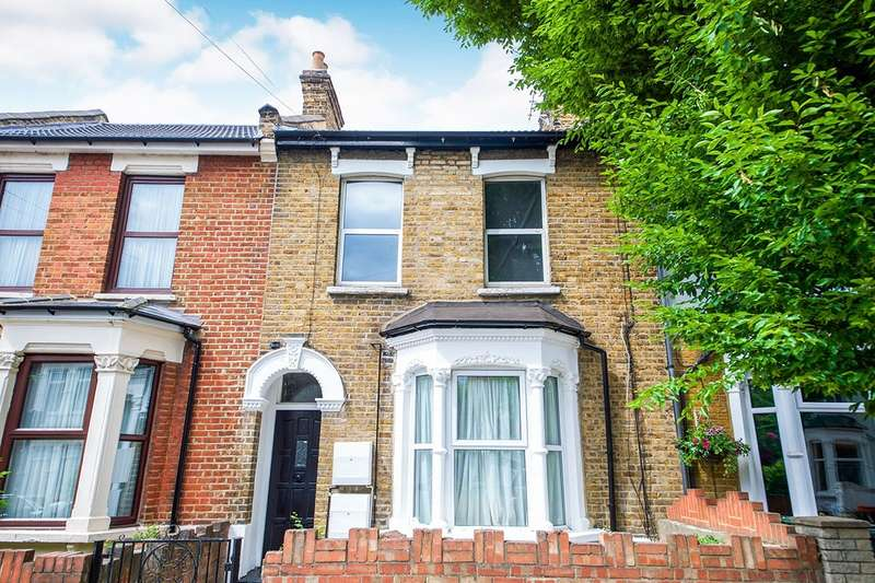 1 Bedroom Apartment Flat for sale in Godwin Road, London, E7