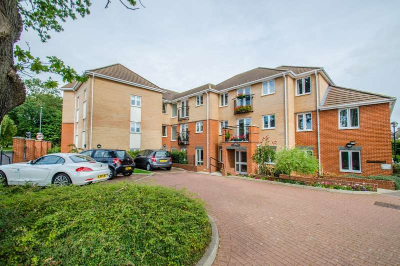 2 Bedrooms Apartment Flat for sale in Cannon Lane, Luton, LU2