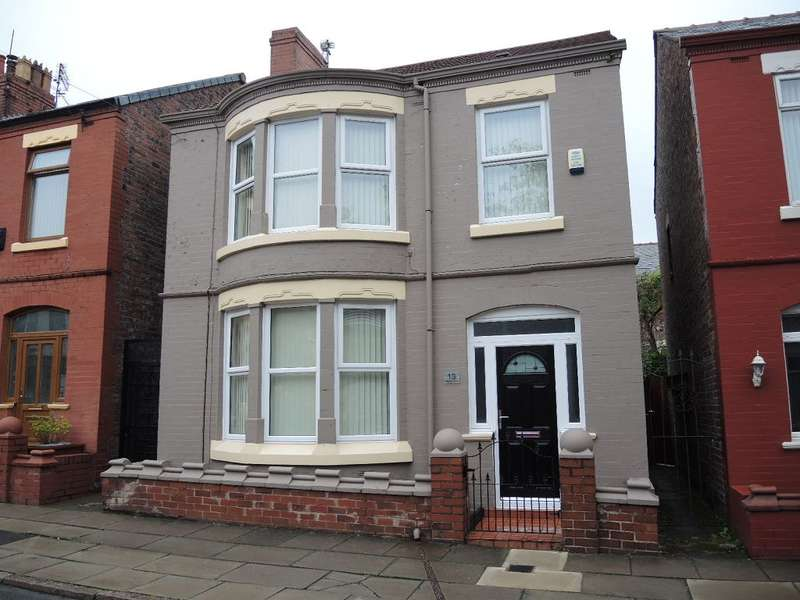 3 Bedrooms Detached House for rent in Hollyfield Road, Orrel Park, Liverpool