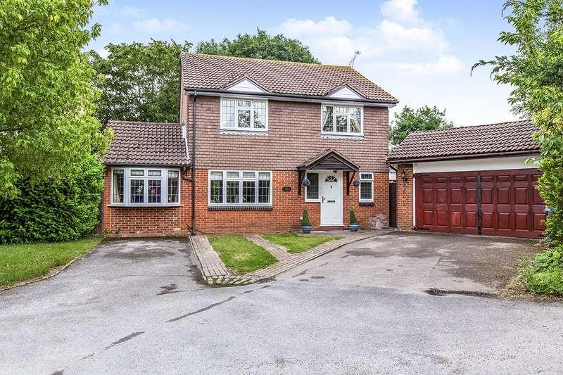 4 Bedrooms Detached House for sale in Rydal Way, Egham, Surrey, TW20