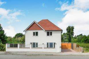 4 Bedrooms Detached House for sale in Leaves Green House, Leaves Green Road, Keston