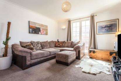 1 Bedroom Flat for sale in Church Street, Saffron Walden