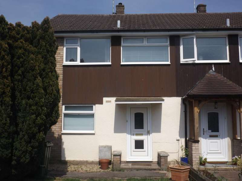 3 Bedrooms House for rent in Well Close, Camberley, GU15