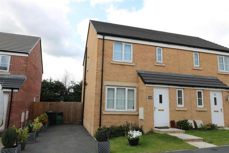 3 Bedrooms Semi Detached House for sale in Foley Road, Newent