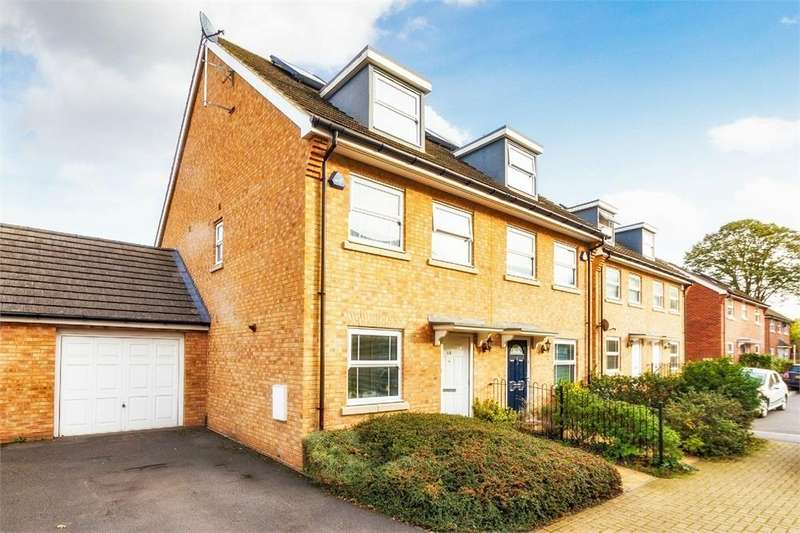 4 Bedrooms Link Detached House for sale in Swift Close, Cippenham, Berkshire