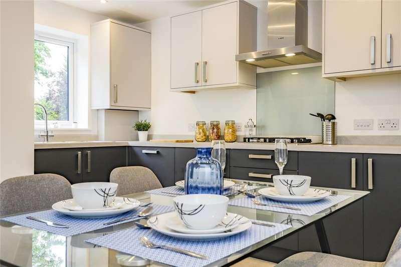 2 Bedrooms Apartment Flat for sale in Harmans House, Broad Lane, Bracknell, Berkshire, RG12