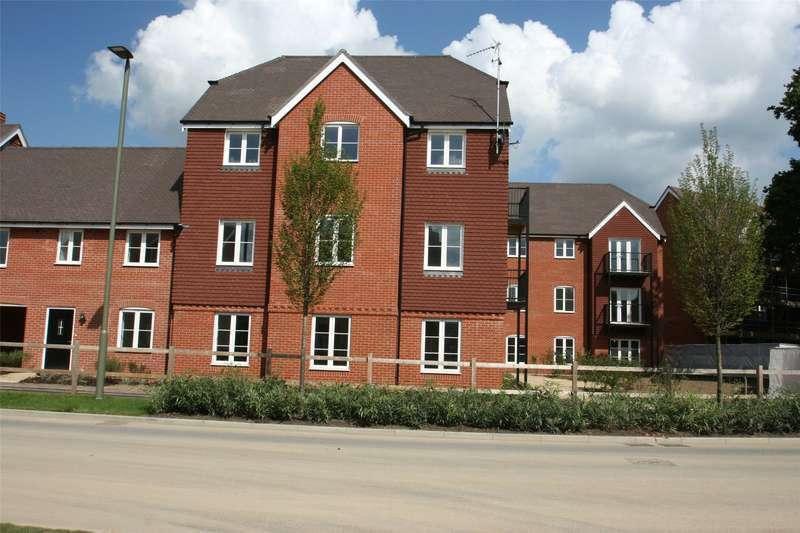 2 Bedrooms Flat for rent in Wren House, 23 Westvale Road, Horley, Surrey, RH6