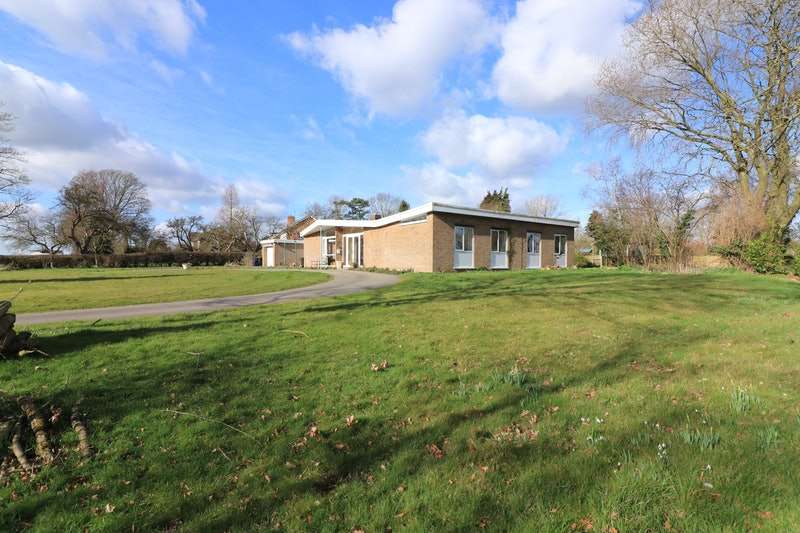3 Bedrooms Bungalow for sale in Cotgarth Lane, Willingham by Stow, Gainsborough, Lincolnshire, DN21